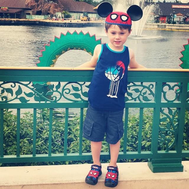 Mickey Max is having fun