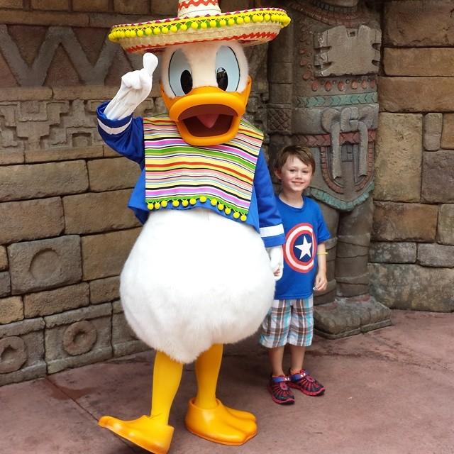 D Duck & Max