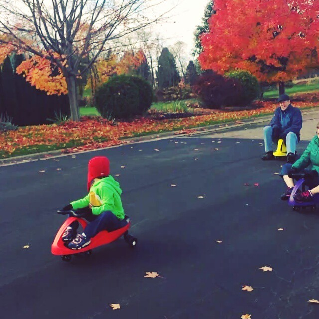 Wiggle car race with Grandma & Grandpa