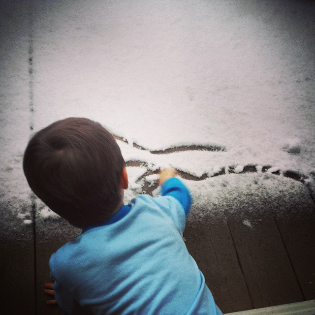 Drawing in the snow