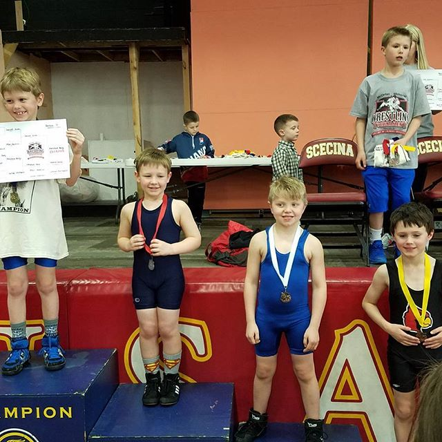 Long day and 4th place finish at McClellan CYO Wrestling Tournament. Bantam Group (2009, 2010 DOBs) 70lb weight class.