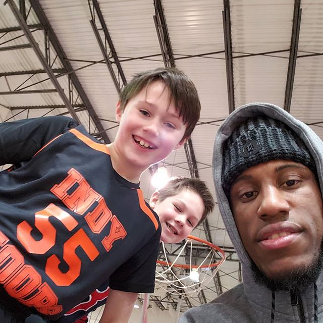 Max saw Thaddeus Young from the Pacers before his game today. He was nice enough to take a selfie with him.