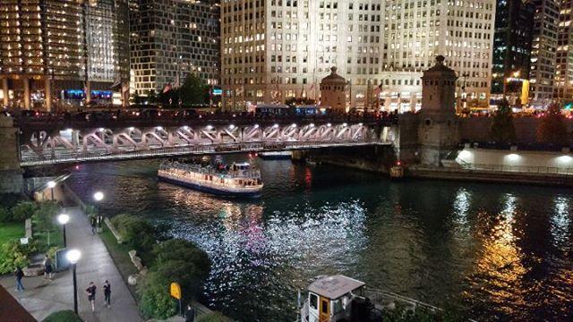 Chicago @ night is pretty amazing....